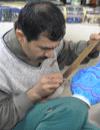 Enamel ware craftsman   -  Esfahan, Iran